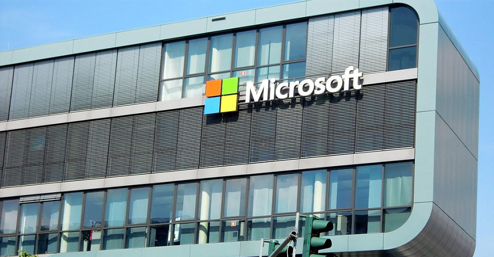 Microsoft დისტანციურად მუშაობის შესაძლებლობას მუდმივს ხდის